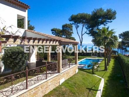 Luxury Villa for sale CAP D'ANTIBES, 198 m², 4 Bedrooms, €3600000