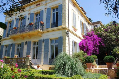 Luxury House for rent CANNES, 390 m², 7 Bedrooms,