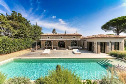 Luxury House for rent SAINT TROPEZ, 381 m², 5 Bedrooms,