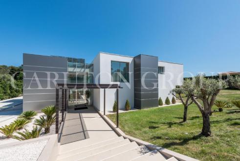 Luxus-Haus zu vermieten MOUGINS, 659 m², 6 Schlafzimmer,
