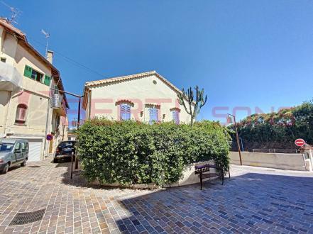 Maison de luxe à vendre MANDELIEU LA NAPOULE, 75 m², 3 Chambres, 629000€