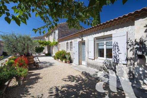 Maison de luxe à vendre SAINT REMY DE PROVENCE, 250 m², 5 Chambres, 1098000€