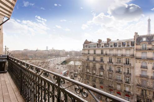 Appartement de luxe à vendre PARIS 8E, 153 m², 3 Chambres, 4370000€