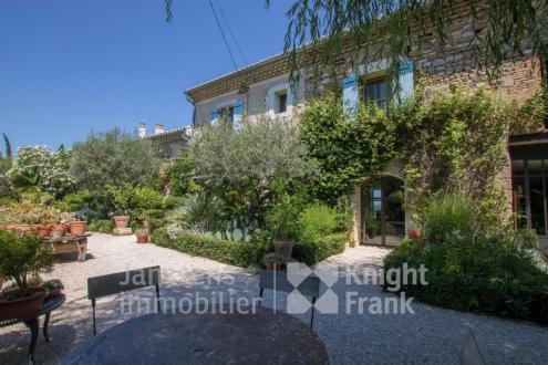 Luxus-Farm zu verkaufen VAISON LA ROMAINE, 320 m², 3 Schlafzimmer, 1315000€