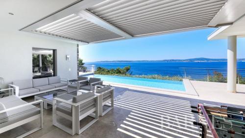 Maison de luxe à vendre SAINTE MAXIME, 400 m², 4 Chambres, 5750000€