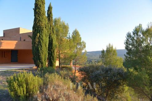 Propriété de luxe à vendre ROUSSILLON, 355 m², 6 Chambres, 2200000€