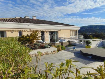 Luxus-Wohnung zu verkaufen MANDELIEU LA NAPOULE, 160 m², 4 Schlafzimmer, 1350000€