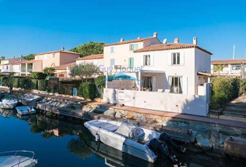 Maison de luxe à vendre COGOLIN, 117 m², 3 Chambres, 990000€