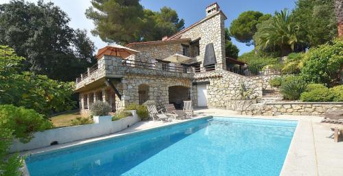 Villa di lusso in vendita BIOT, 205 m², 5 Camere, 1195000€
