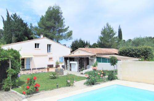 Luxury House for sale PERNES LES FONTAINES, 281 m², 9 Bedrooms, €680000