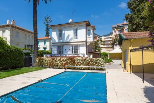 Maison de luxe à louer BEAULIEU SUR MER, 220 m², 5 Chambres,