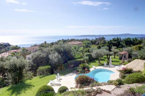 Maison de luxe à vendre LES ISSAMBRES, 235 m², 5 Chambres, 1295000€