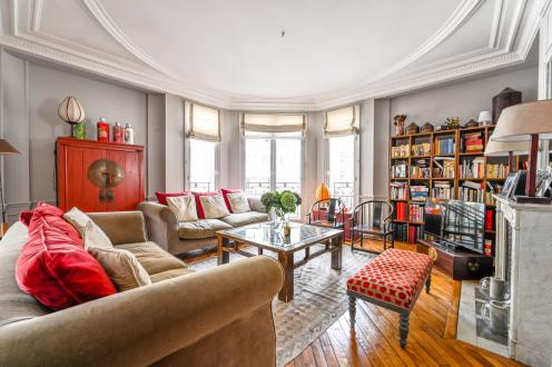 Appartement de luxe à vendre PARIS 7E, 142 m², 4 Chambres, 2200000€