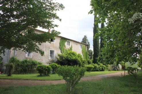 Château / Manoir de luxe à vendre ANDUZE, 600 m², 5 Chambres, 1050000€