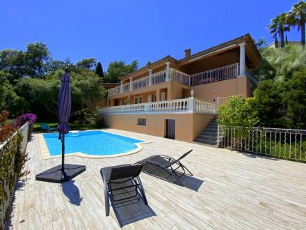 Luxury House for sale LES ISSAMBRES, 197 m², 5 Bedrooms, €1120000