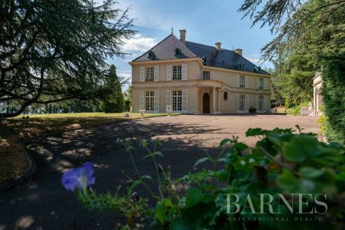 Maison de luxe à vendre LIMONEST, 440 m², 7 Chambres, 2250000€