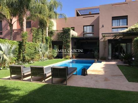 Villa de luxe à vendre MARRAKECH, 290 m², 3 Chambres, 580000€