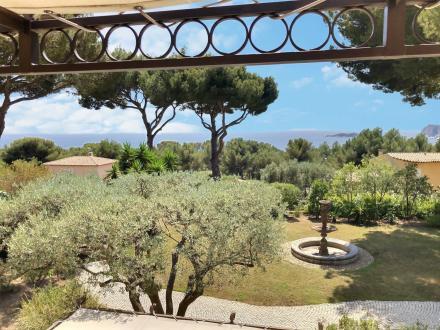 Villa di lusso in vendita LA CIOTAT, 400 m², 5 Camere, 1800000€