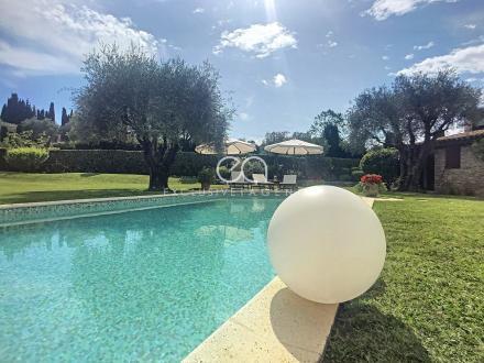 Villa de luxe à vendre MOUGINS, 230 m², 5 Chambres, 1750000€