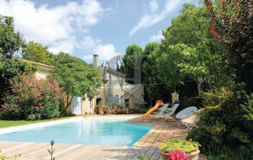 Maison de luxe à vendre MONTELIMAR, 430 m², 6 Chambres, 990000€