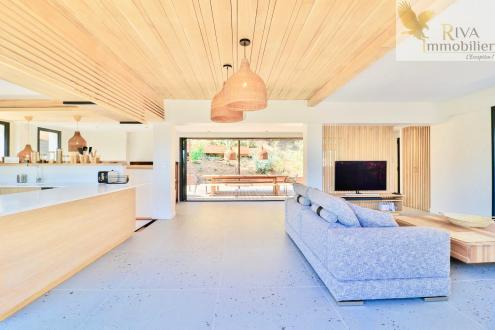 Maison de luxe à vendre SANARY SUR MER, 170 m², 3 Chambres, 1495000€