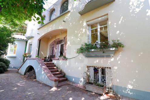 Maison de luxe à vendre PERPIGNAN, 230 m², 4 Chambres, 550000€