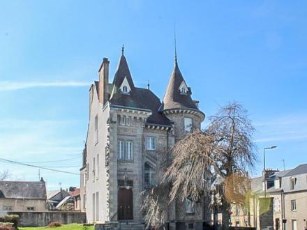Château / Manoir de luxe à vendre GUERET, 320 m², 4 Chambres, 848000€