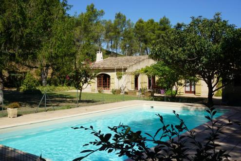Casa di lusso in vendita SAINT REMY DE PROVENCE, 148 m², 5 Camere, 695000€