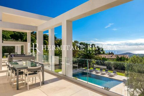 Maison de luxe à louer VILLEFRANCHE SUR MER, 400 m², 6 Chambres,