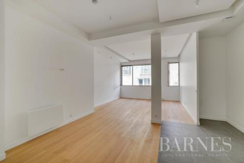 Luxus-Wohnung zu verkaufen PARIS 15E, 68 m², 886000€