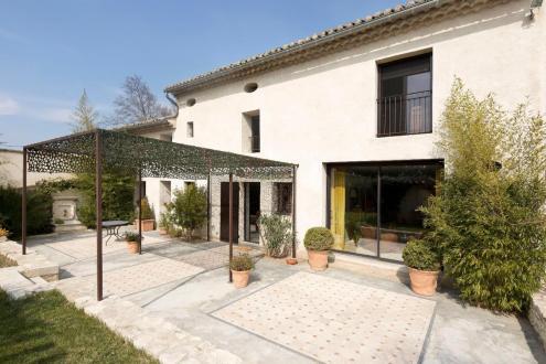 Luxe Farm te koop SAINT REMY DE PROVENCE, 309 m², 4 Slaapkamers, 940000€