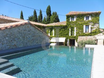 Maison de luxe à vendre VAISON LA ROMAINE, 265 m², 5 Chambres, 748000€