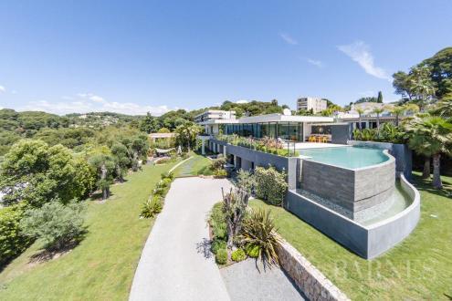 Luxury Villa for sale LE CANNET, 370 m², 6 Bedrooms, €3900000