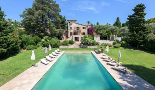 Luxus-Haus zu vermieten ANTIBES, 380 m², 6 Schlafzimmer, 12500€/monat