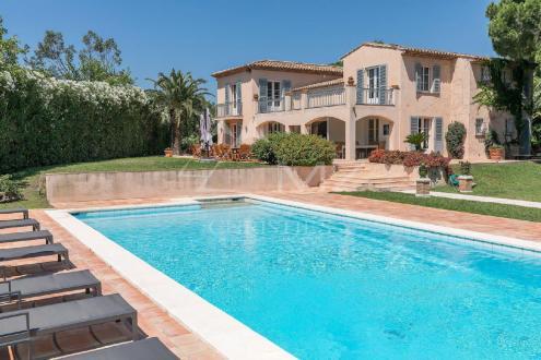 Luxus-Villa zu verkaufen SAINT TROPEZ, 450 m², 10 Schlafzimmer, 10000000€