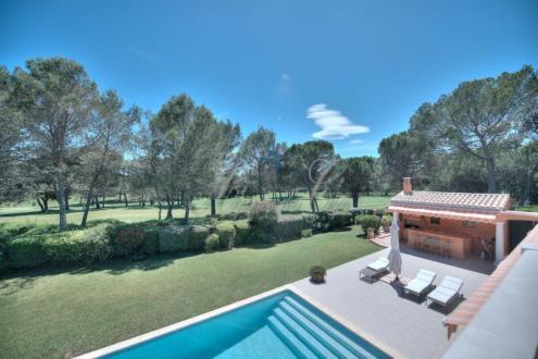 Maison de luxe à vendre SAINT RAPHAEL, 247 m², 5 Chambres, 1725000€
