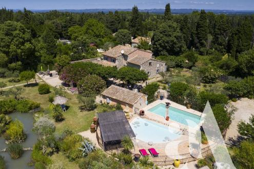 Maison de luxe à vendre SAINT REMY DE PROVENCE, 230 m², 4 Chambres, 2355000€
