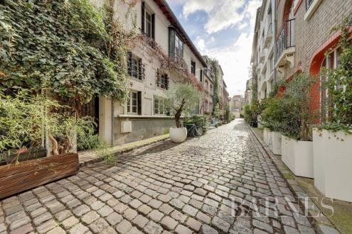 Maison de luxe à vendre PARIS 15E, 4 Chambres, 1800000€