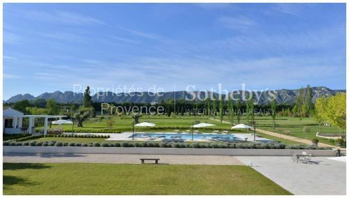 Luxus-Liegenschaft zu verkaufen SAINT REMY DE PROVENCE, 600 m², 6 Schlafzimmer, 3990000€