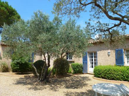 Villa de luxe à vendre SAINT TROPEZ, 230 m², 5 Chambres, 4410000€