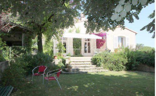 Maison de luxe à vendre NIMES, 221 m², 5 Chambres, 730000€
