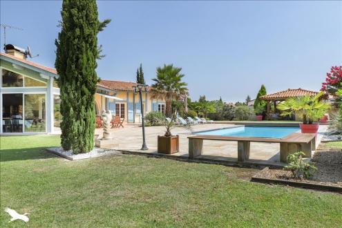 Luxus-Haus zu verkaufen SEIGNOSSE, 265 m², 5 Schlafzimmer, 1200000€
