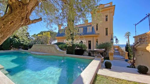 Luxury House for rent CANNES, 1000 m², 9 Bedrooms,