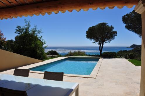 Maison de luxe à louer RAMATUELLE, 160 m², 4 Chambres,