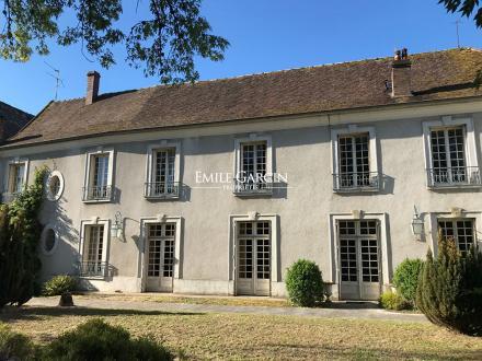 Maison de luxe à vendre SENS, 1300 m², 4 Chambres, 525000€