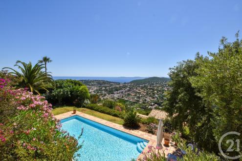 Maison de luxe à vendre CAVALAIRE SUR MER, 210 m², 4 Chambres, 1365000€