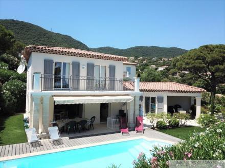 Villa de luxe à vendre CAVALAIRE SUR MER, 140 m², 4 Chambres, 940000€