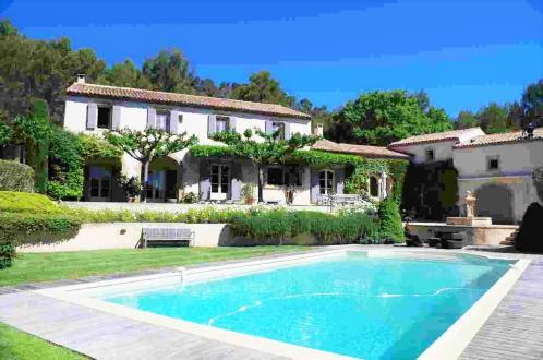 Maison de luxe à vendre ROGNES, 600 m², 6 Chambres, 2650000€