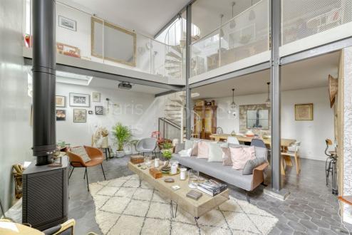 Maison de luxe à vendre PARIS 18E, 134 m², 4 Chambres, 1450000€