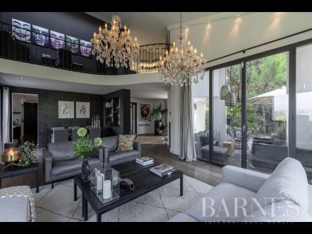 Villa di lusso in vendita MOUGINS, 498 m², 6 Camere, 3450000€